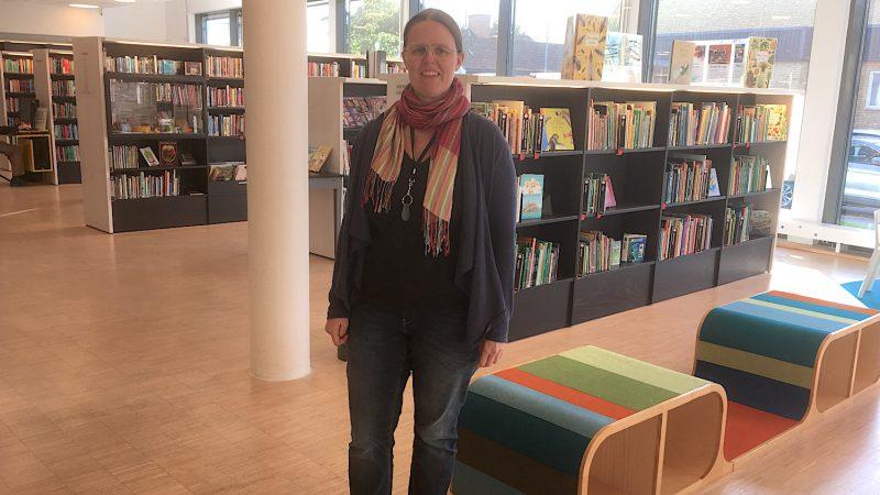 Porträttbild på Anna Bergström , bibliotekarie på Vallentuna bibliotek